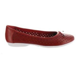 NWT Clarks Perforated Leather Ballet Flats